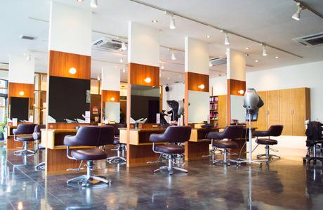 美容師の方が働きやすい環境を一番に考えています 残業、ノルマ一切ありません 社保完備で入社祝い金有